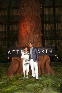 M. Night Shyamalan ohjaamassa After Earth -scifitarinassa maapallosta on tullut vaarallinen paikka ihmisille. Pääosissa nähdään Will Smith ja Jaden Smith.
