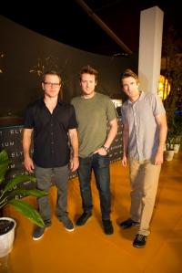 Matt Damon, Neil Blomkamp ja Sharlto Copley etsivät parempaa maailmaa Elysium-scifipätkässä.