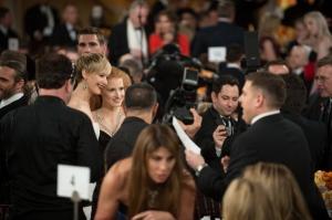 Säpinää mainostauolla. Kuvattavana Jennifer Lawrence (American Hustle) ja Jessica Chastain. ©HFPA