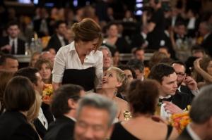 Jennifer Lawrencen ja Julia Robertsin kohtaaminen. ©HFPA