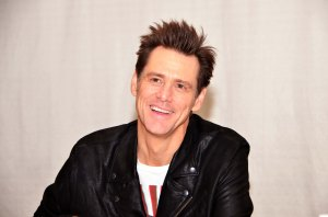 Nuija ja tosinuija kaks -komediassa nähtävä Jim Carrey on onnellinen sinkkuna.