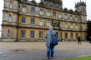 Seuraavana päivänä olin kirjaimellisesti pihalla, Downton Abbey -sarjan kuvauksissa Hampshiressa, Highclere-linnassa.
