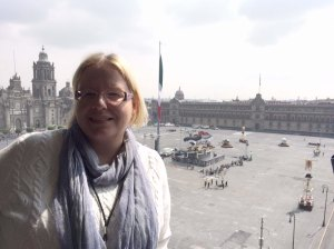 Spectre, 24. James Bond -elokuvaa kuvattiin perjantaina Meksiko Cityn Plaza de la Constitución -aukiolla.
